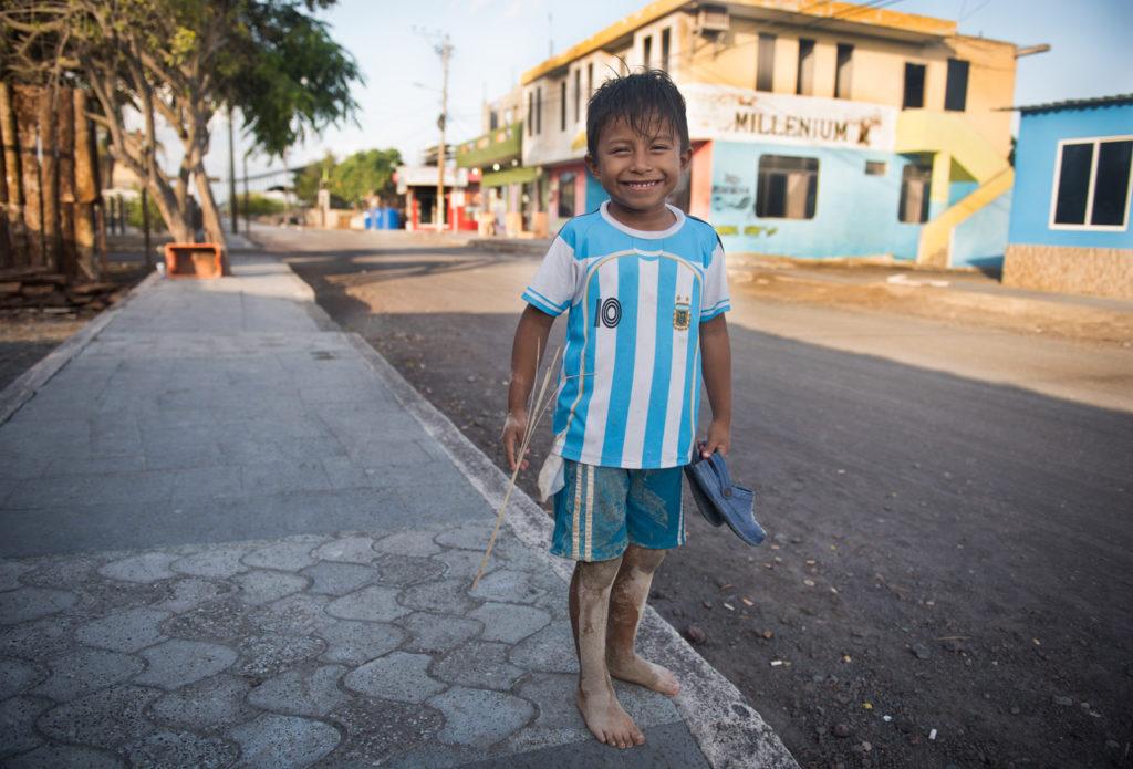 Fieles y Peregrinos: Todos Quieren Ser Messi